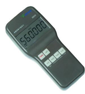 手持式高精度测温仪