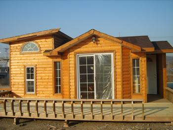 也开发木结构建筑(中西结合式木别墅)的横向