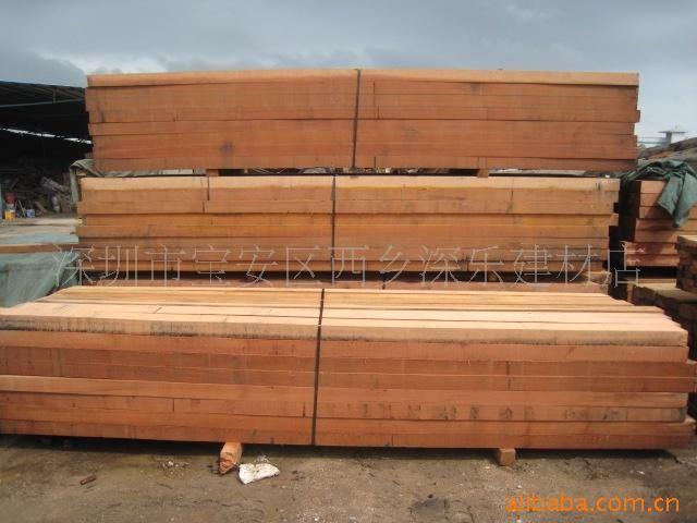 木材加工厂,地板厂,船厂等  山樟木原木                  山樟木板材