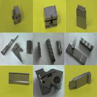塑膠模具零件加工