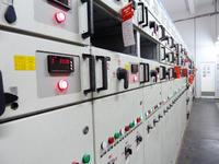 低壓控製櫃