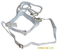 白色电工带式双保险安全带