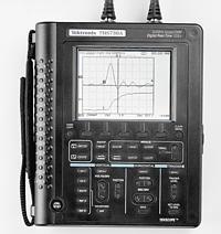 美国泰克THS710A手持式数字示波器
