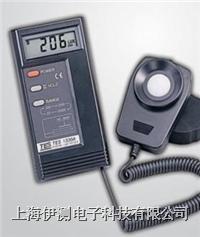 台湾泰仕数字式照度计 TES-1330A