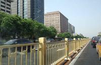 供应长安街护栏生产各种公路护栏