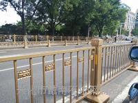 公路金色防撞设备护栏杆立柱 规格齐全,非标定制,来图定制