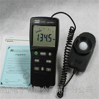 便携式数字照度计 光强度测试仪 TES-1335