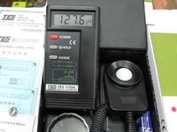 照度计 照度仪 台湾泰仕 TES-1330A