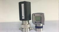 惰性气体焊接过程中使用美国GE公司OXY.IQ微量氧分析仪测量气体中的氧气含量