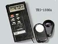 记忆式照度计 TES-1336A