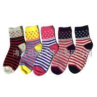 现货销售 秋冬条纹运动女袜 纯棉中筒袜子 星星袜子女 批发