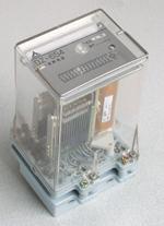 辅助中间继电器    DZ-651        DZ-652 DZ-653        DZ-654        DZ-655