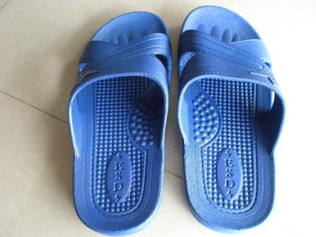 导电泡沫拖鞋