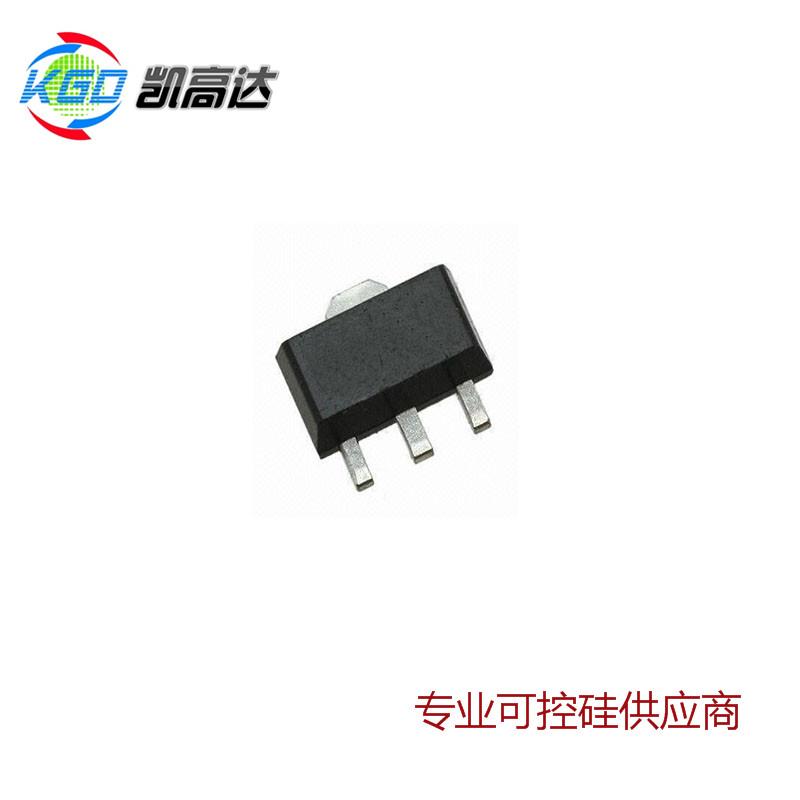 MAC97A6M 贴片双向可控硅 SOT-89